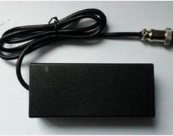 Зарядное устройство для моноколеса 67,2В 2А без вилки компактное