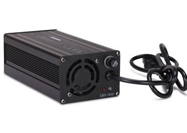 Зарядное устройство для моноколеса 67,2В 5А